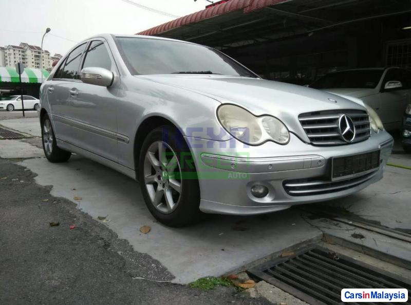 Picture of Mercedes Benz 200 Automatic 2006