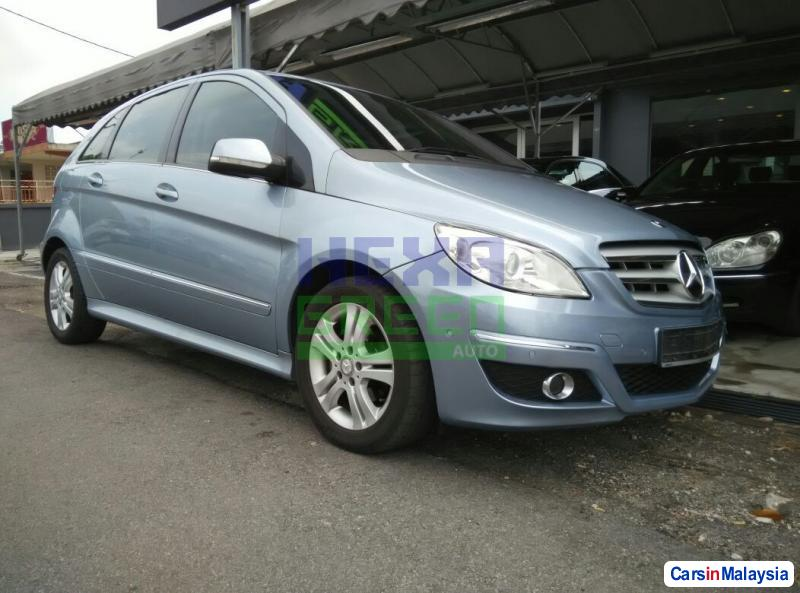 Pictures of Mercedes Benz B170 Automatic 2008