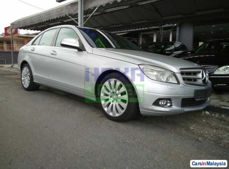 Pictures of Mercedes Benz C-Class 2008