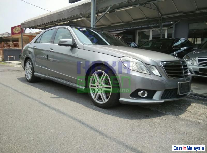 Picture of Mercedes Benz E250 Automatic 2010