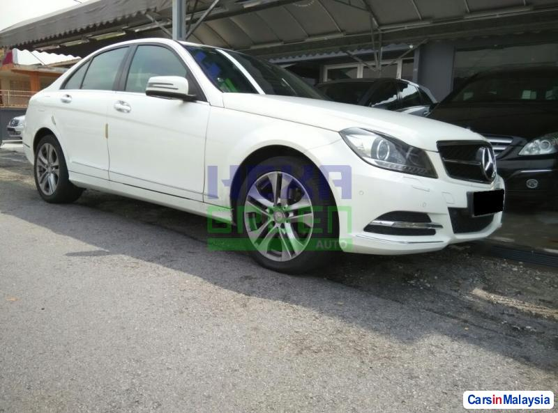 Pictures of Mercedes Benz C-Class Automatic 2014
