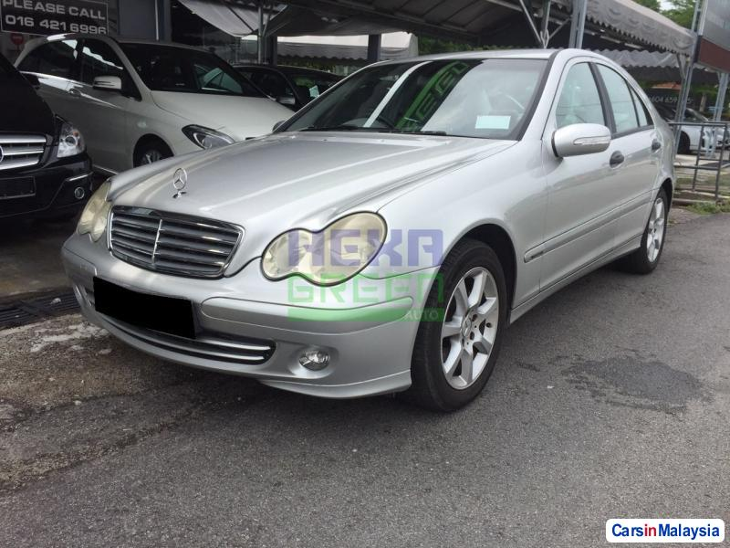 Pictures of Mercedes Benz C-Class Automatic 2004