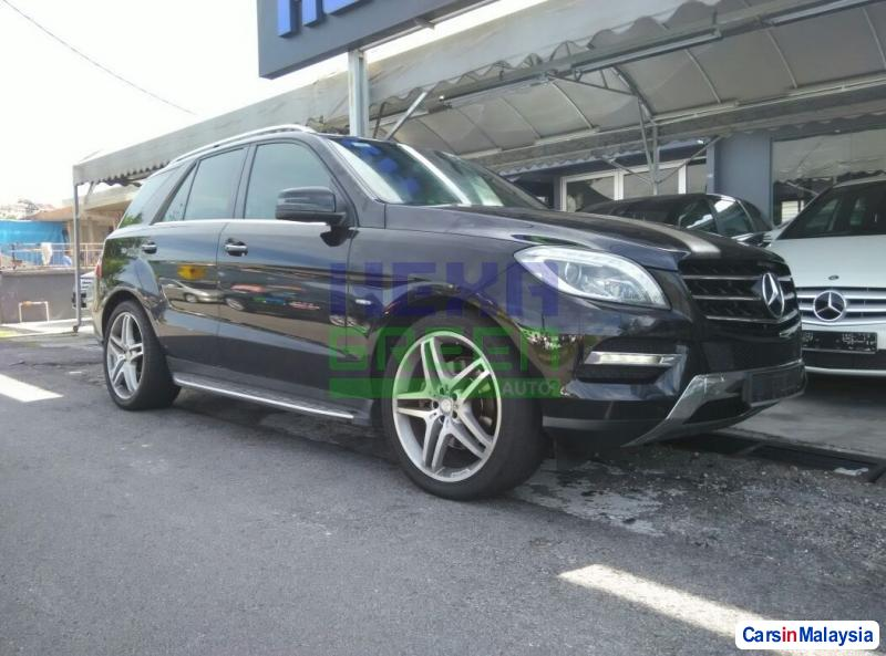 Pictures of Mercedes Benz ML350 Automatic 2012