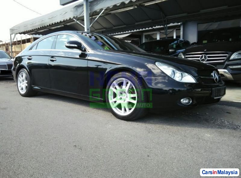 Pictures of Mercedes Benz CLS350 Automatic 2005