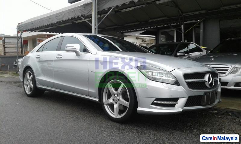 Picture of Mercedes Benz CLS350 2012