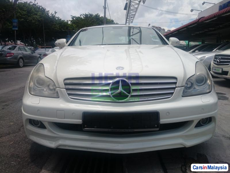 Mercedes Benz CLS350 Automatic 2006 - image 2