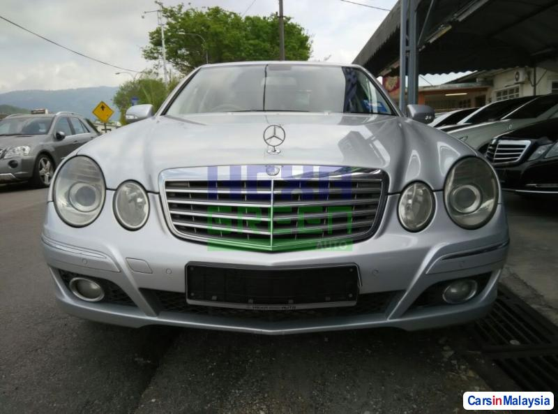 Mercedes Benz E200K Automatic 2007