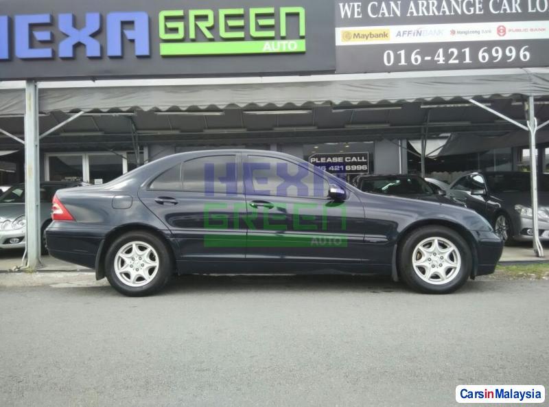 Mercedes Benz C-Class Semi-Automatic 2003