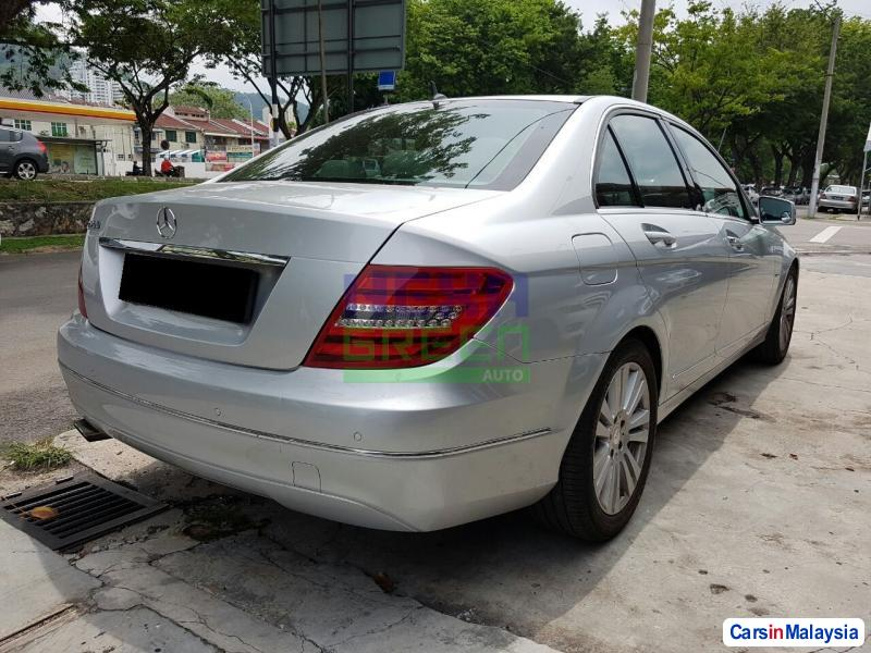 Mercedes Benz C-Class Semi-Automatic 2012 in Penang