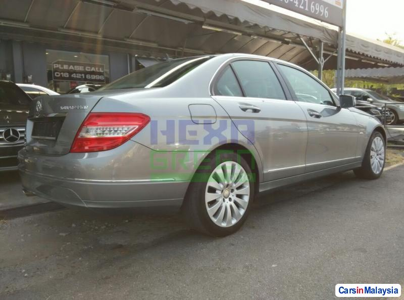 Mercedes Benz C-Class Automatic 2010 in Malaysia