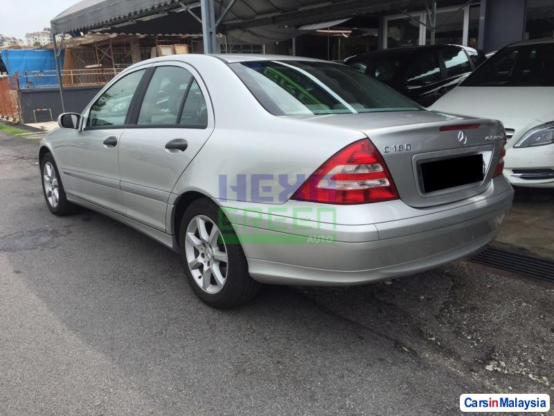 Mercedes Benz C-Class Automatic 2004 in Malaysia