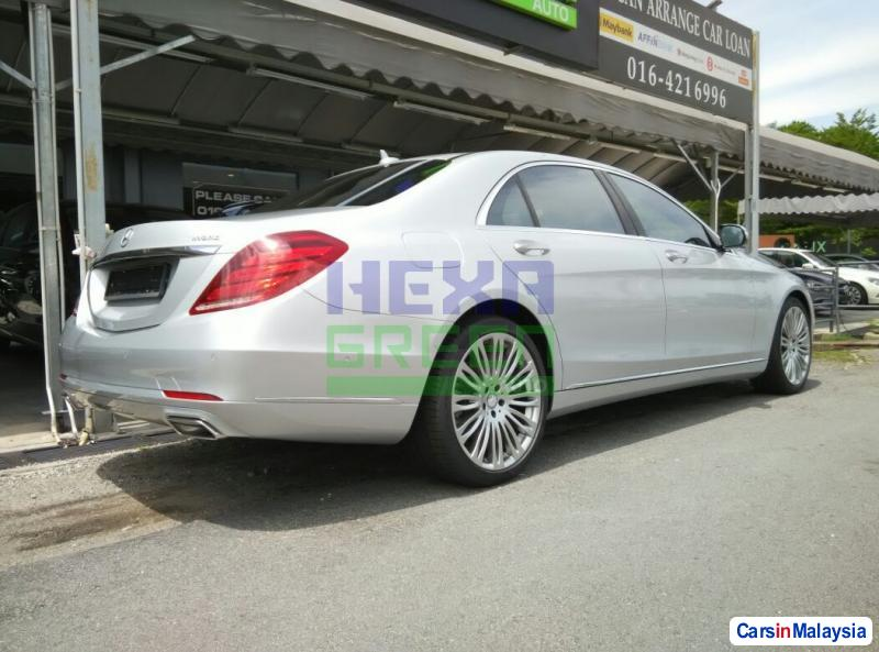 Mercedes Benz S420 Automatic in Malaysia