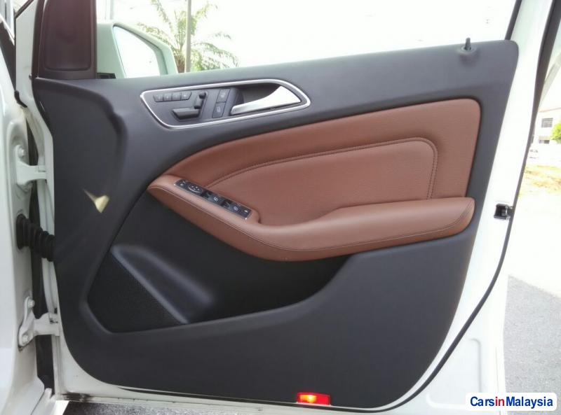 Mercedes Benz B200 Automatic 2014 in Penang - image