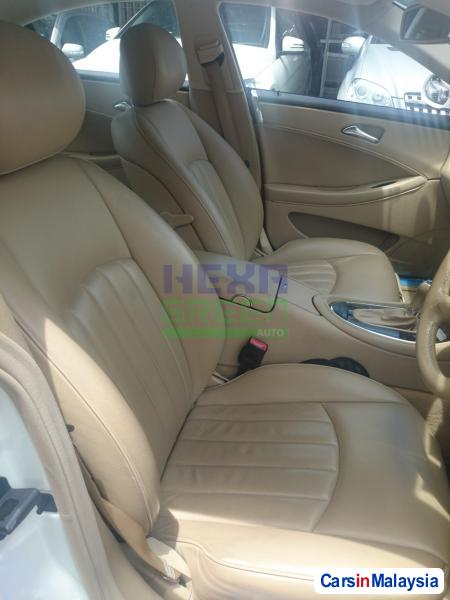 Mercedes Benz CLS350 Automatic 2006 in Penang - image