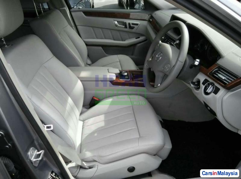 Mercedes Benz E200 Automatic 2007 in Penang - image
