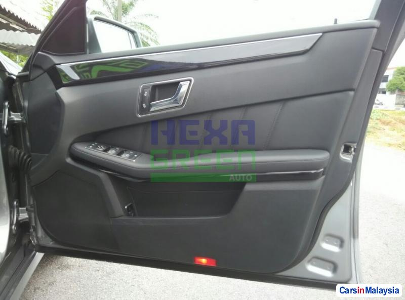Mercedes Benz E200 Automatic 2009 in Penang - image