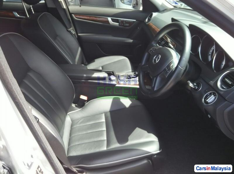 Mercedes Benz C-Class Automatic 2011 in Malaysia - image