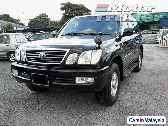 Picture of Toyota Land Cruiser Automatic 2004