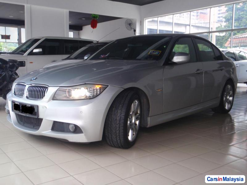 Picture of BMW 3 Series 2011