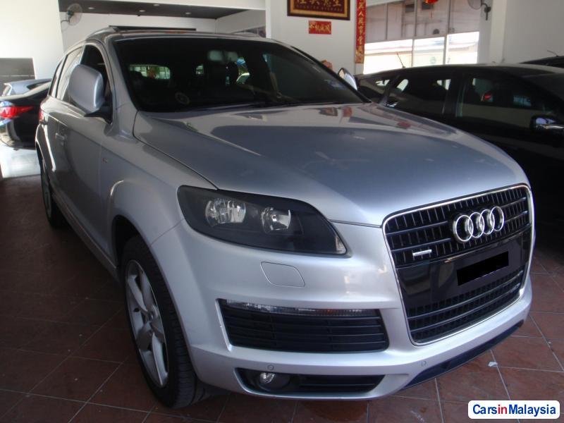 Picture of Audi Q7 2010