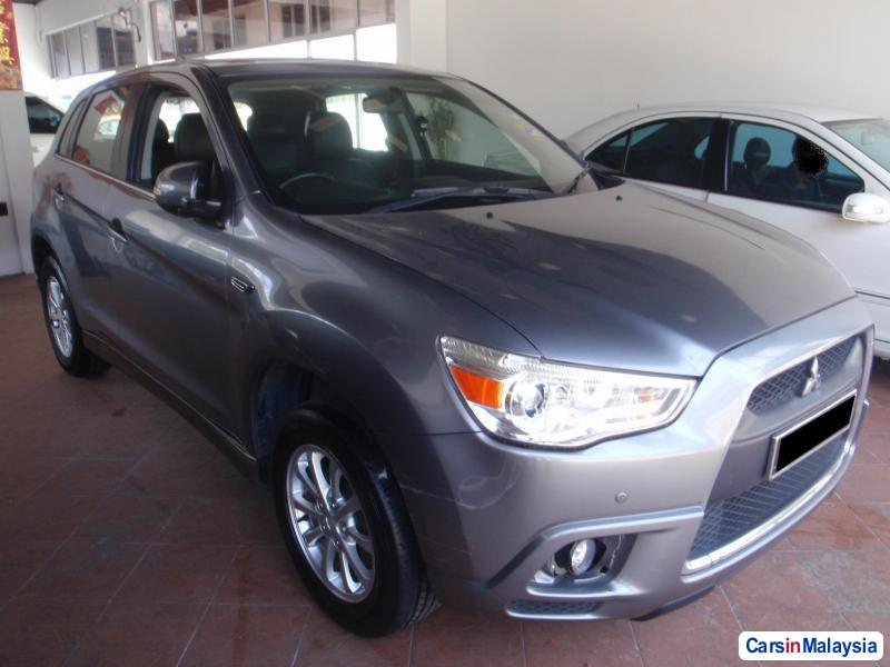 Pictures of Mitsubishi ASX 2010