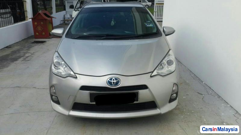 Picture of Toyota Prius 2012