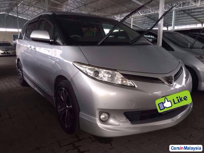 Picture of Toyota Estima 2010