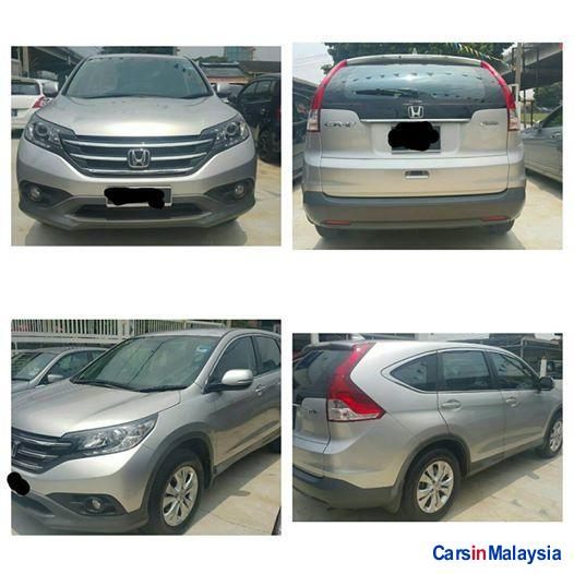 Pictures of Honda CR-V Automatic 2013