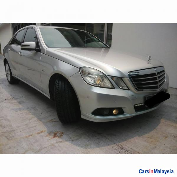 Picture of Mercedes Benz E200 Automatic 2011