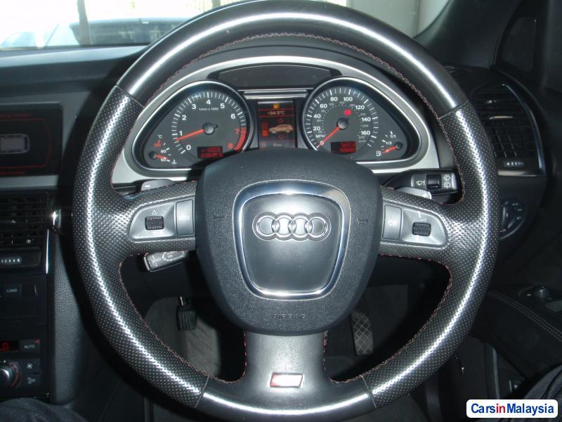 Picture of Audi Q7 2010 in Kuala Lumpur