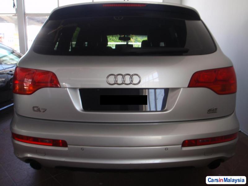 Audi Q7 2010 in Kuala Lumpur - image