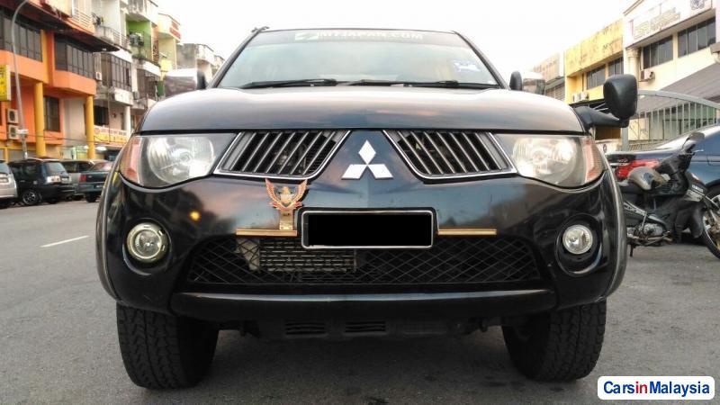 Picture of Mitsubishi Triton Automatic 2007