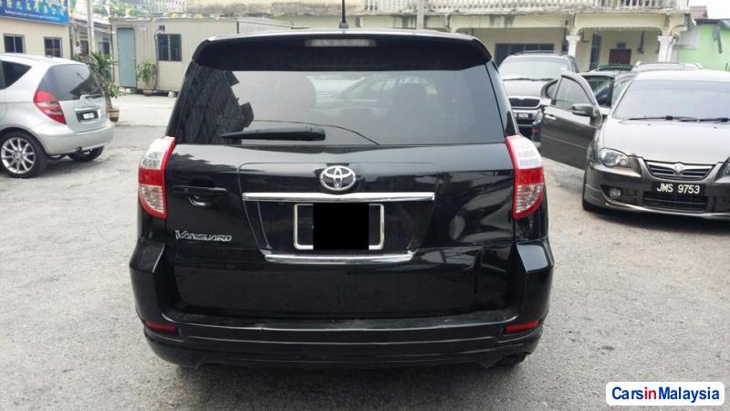 Toyota Vanguard Automatic 2013 in Malaysia