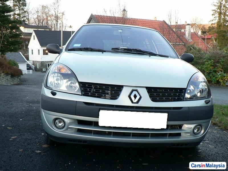 Picture of Renault Clio 2003