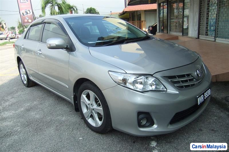 Pictures of Toyota Altis 2011