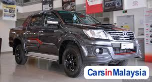 Pictures of Toyota Hilux Automatic