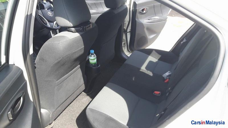 Toyota Vios Automatic - image 10