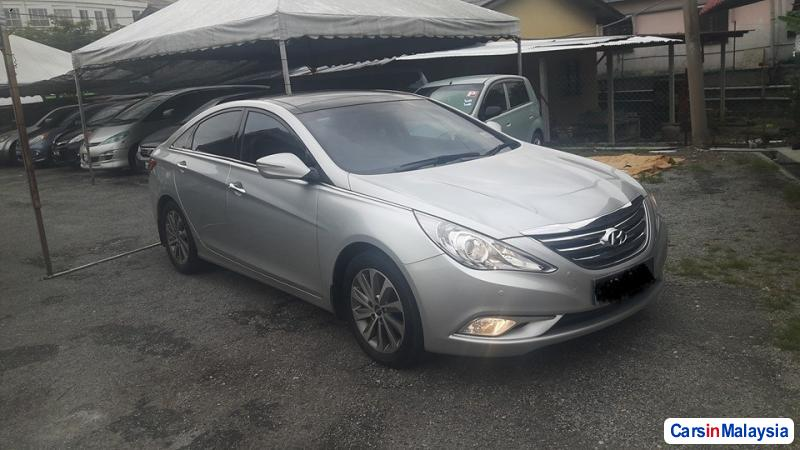 Picture of Hyundai Sonata Automatic