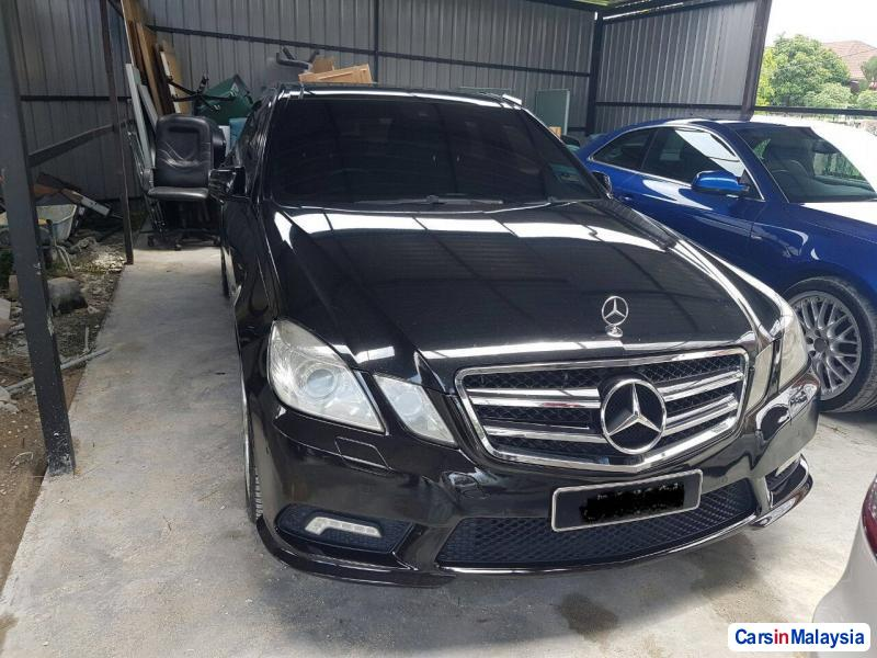 Picture of Mercedes Benz E250 CGI Automatic 2012