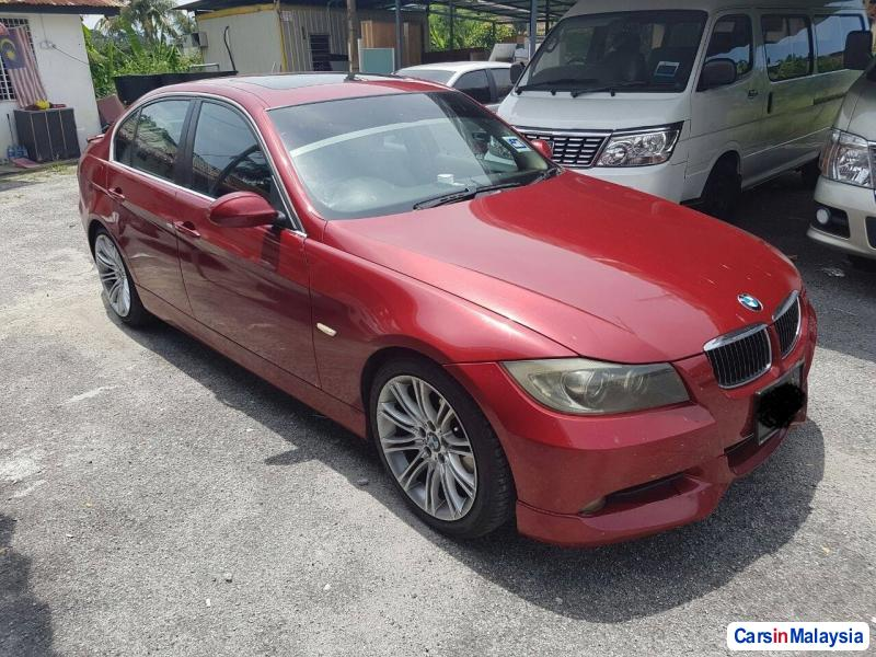 Pictures of BMW 3 Series Automatic 2011
