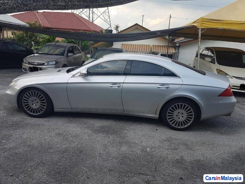 Mercedes Benz CLS350 Automatic 2014 in Kuala Lumpur