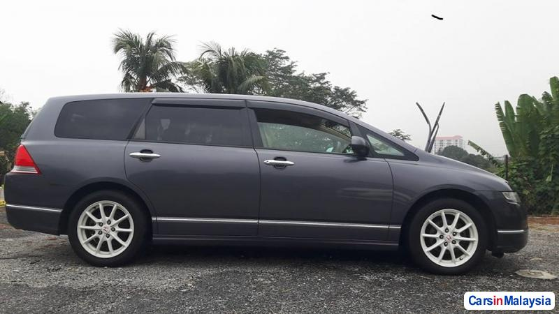 Picture of Honda Odyssey Automatic 2010 in Kuala Lumpur