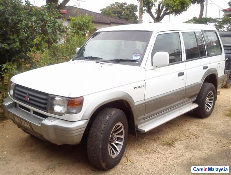 Picture of Mitsubishi Pajero 2003