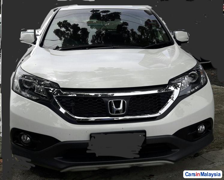 Pictures of Honda CR-V Automatic 2014