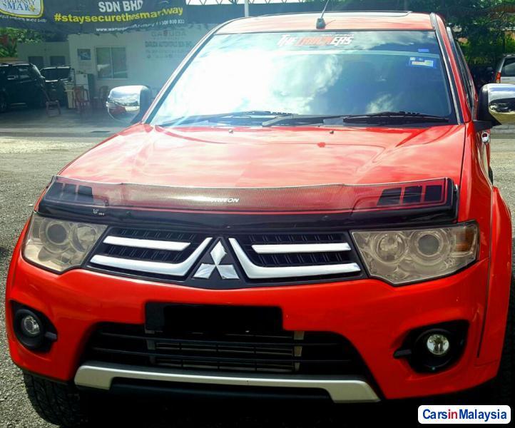 Picture of Mitsubishi Triton 2014