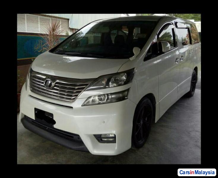 Picture of Toyota Vellfire 2014