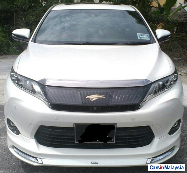 Picture of Toyota Harrier 2015