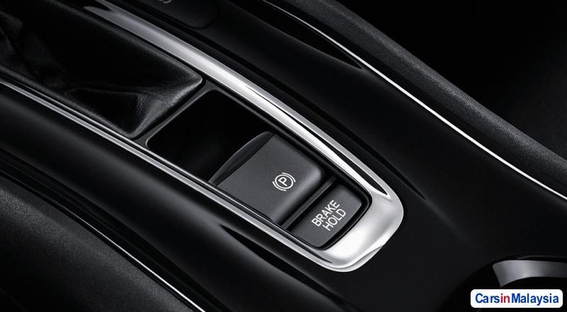 Honda HR-V Automatic 2016 - image 9