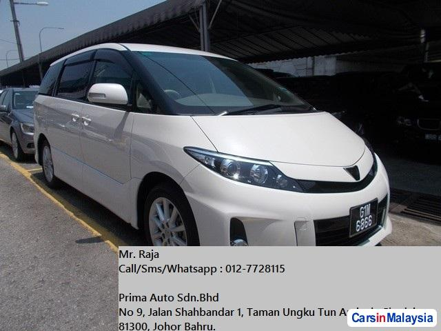 Picture of Toyota Estima Automatic 2012