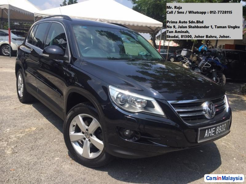 Picture of Volkswagen Tiguan Automatic 2010